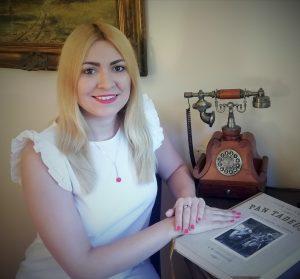 dr Katarzyna Ostrowska